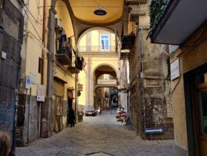 Centro Storico di Napoli Strada dell'Anticaglia