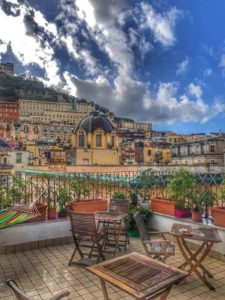 Panorama dal Bed and Breakfast a Napoli Mansarda Valù