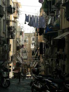 Quartieri Spagnoli e i suoi vicoli