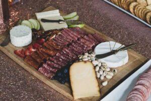 Tagliere del pranzo di pasqua napoletano